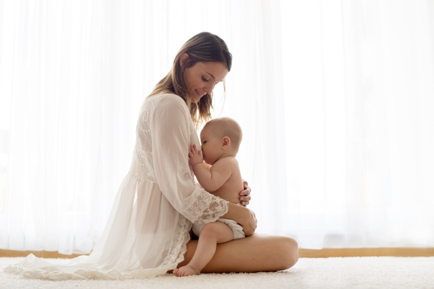 Dojčenie novorodenca