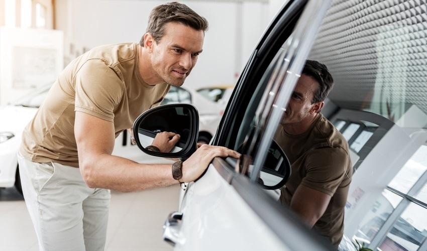 Ako kúpiť ojazdené auto – Interiér