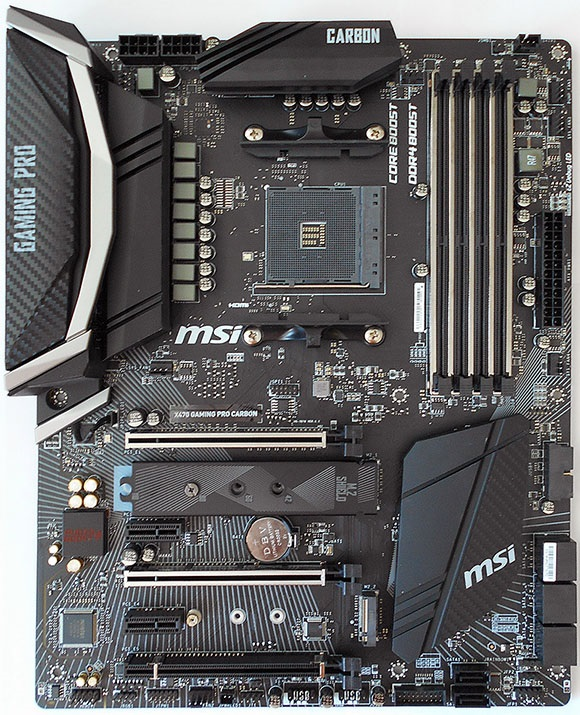 Pohľad zhora, MSI X470 Gaming Pro Carbon