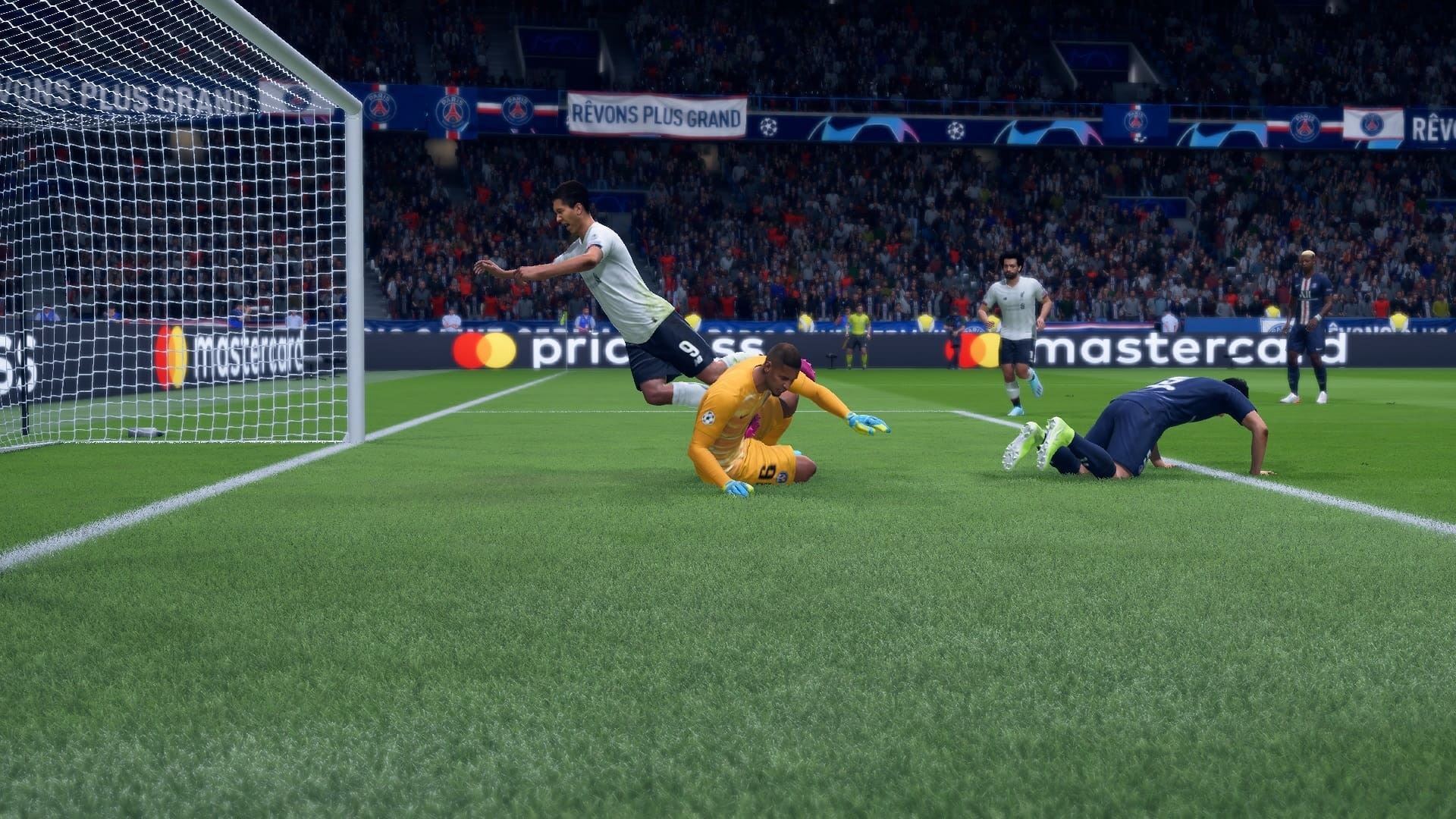 FIFA 20; gameplay: z polovice