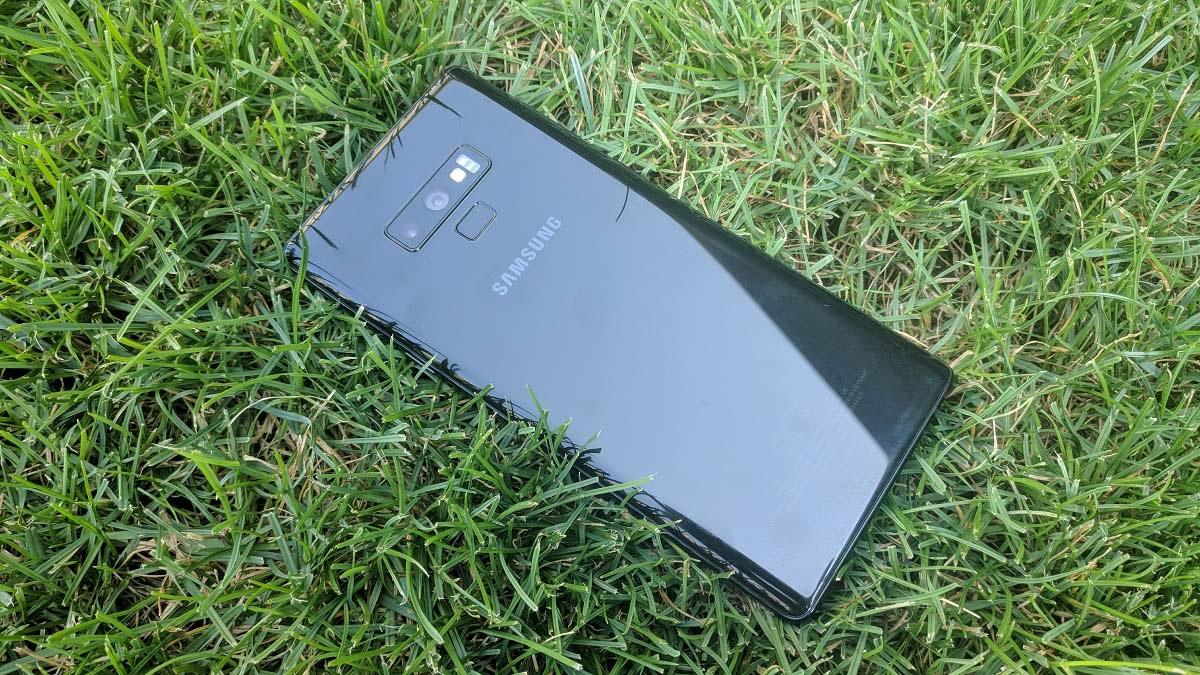 Samsung Galaxy Note9; recenzia; fotoaparát; čítačka odtlačkov prstov