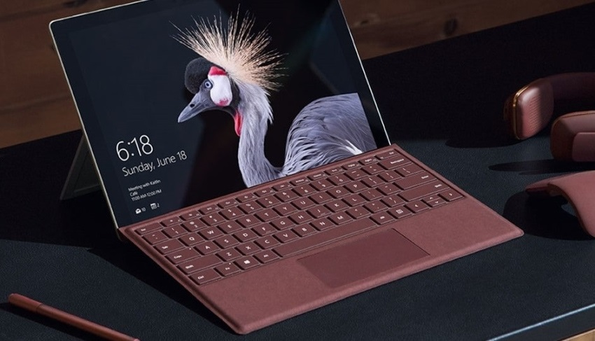 Microsoft Surface Pro a Type Cover