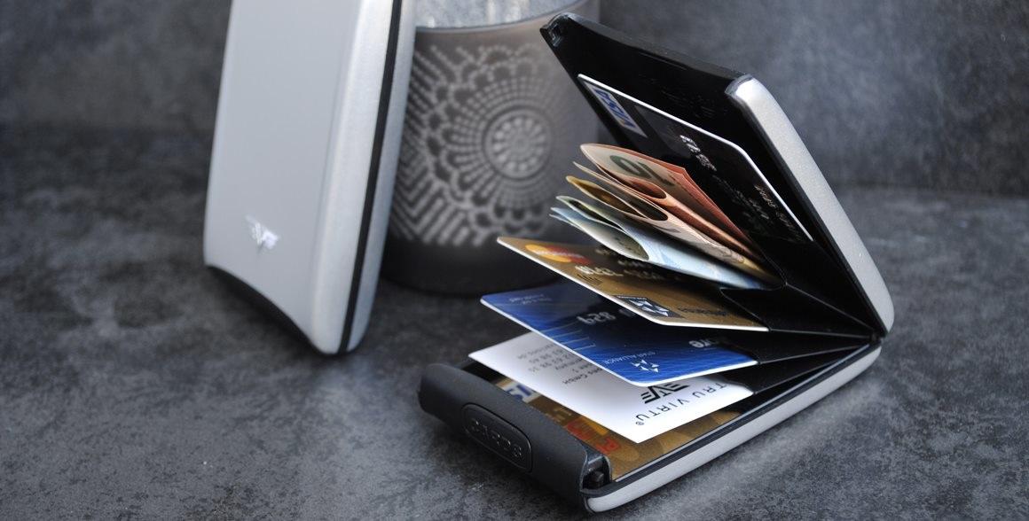 Sú vaše peniaze a platobné karty v bezpečí  Máme pre vás tip na darček na e1fd718b66f