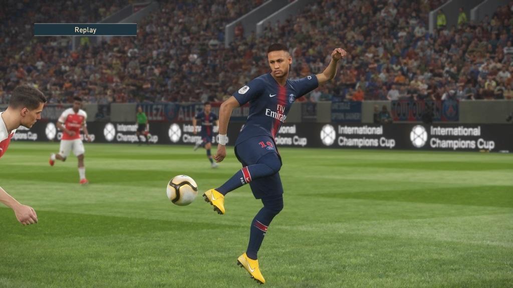 PES 2019; gameplay: päta