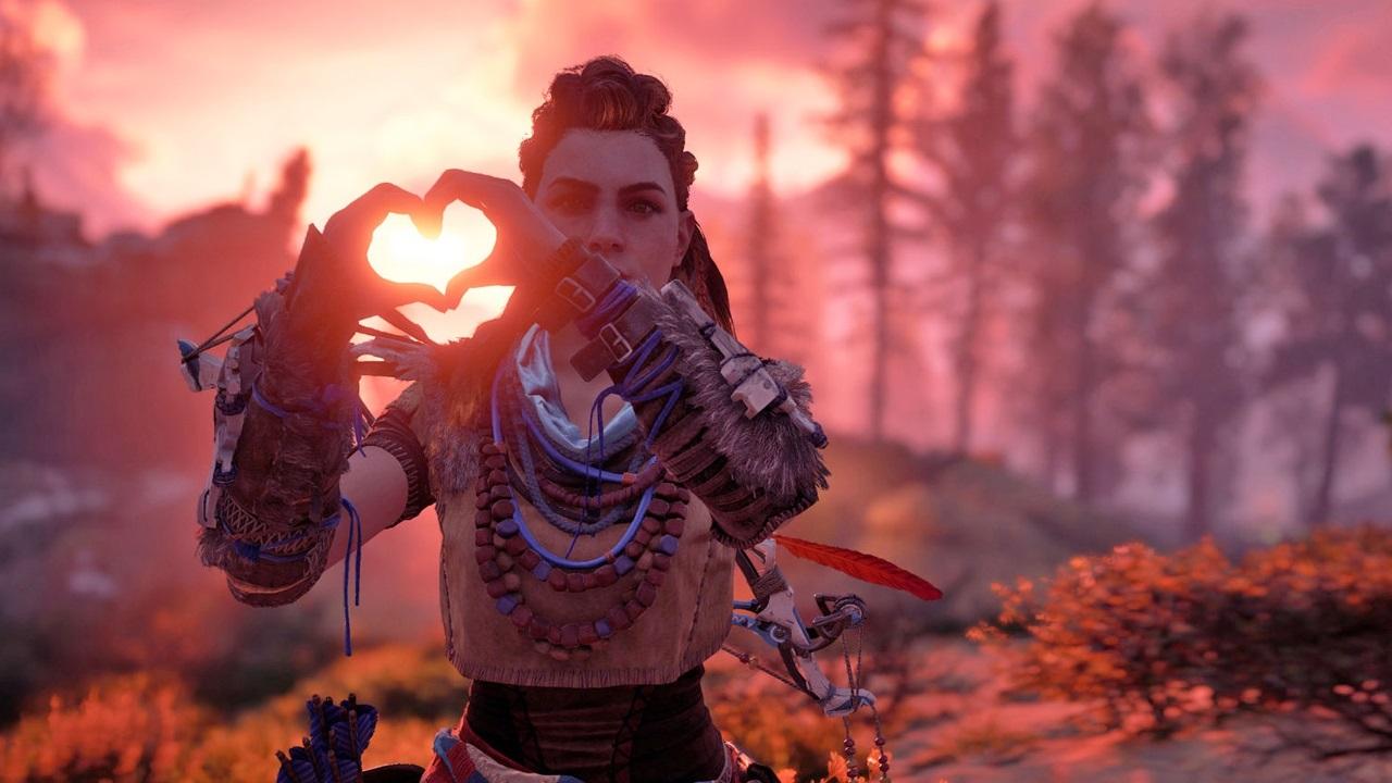 PlayStation 5; screenshot: Horizon Zero Dawn 2