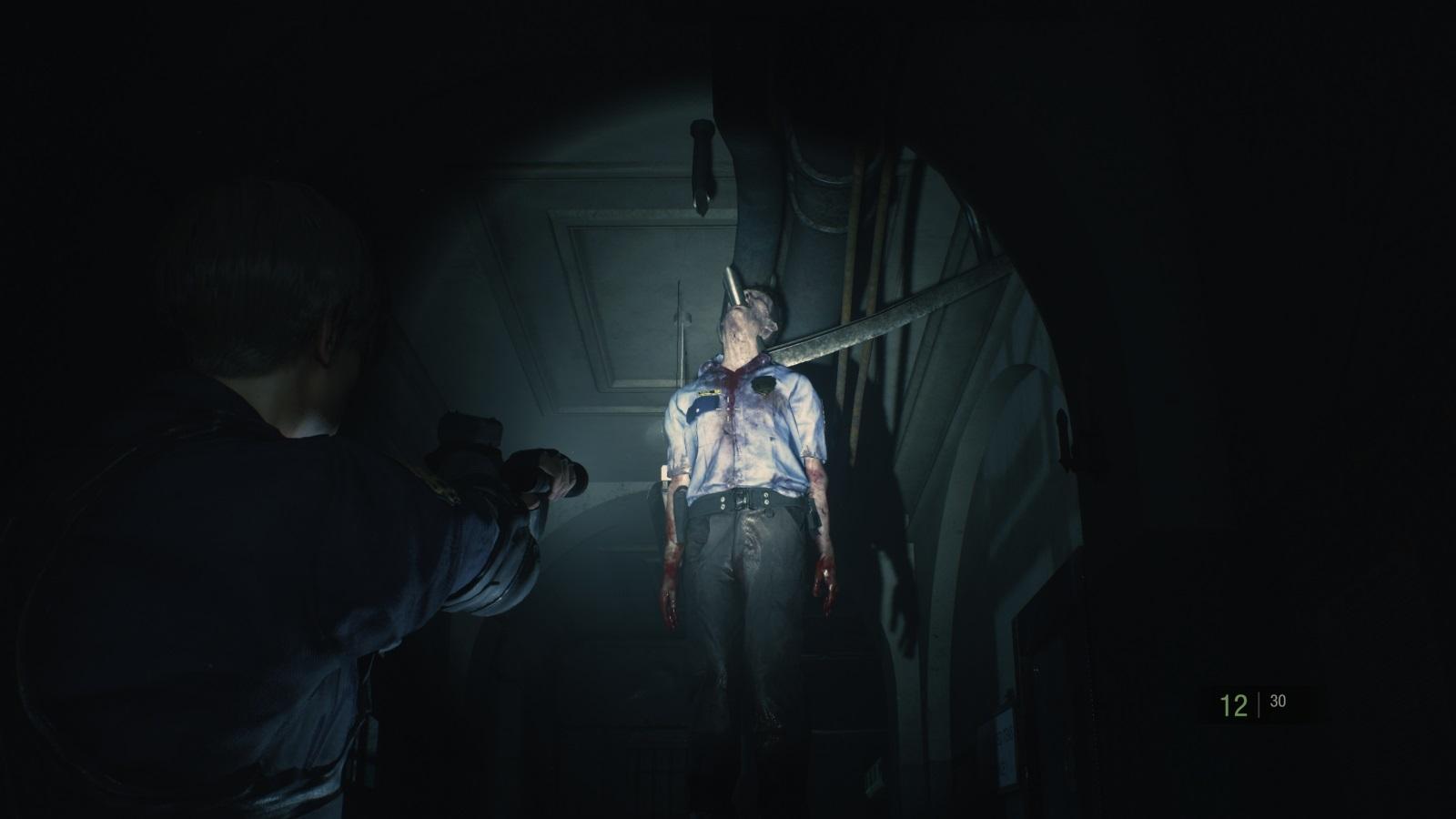 Resident Evil 2; gameplay: na háku