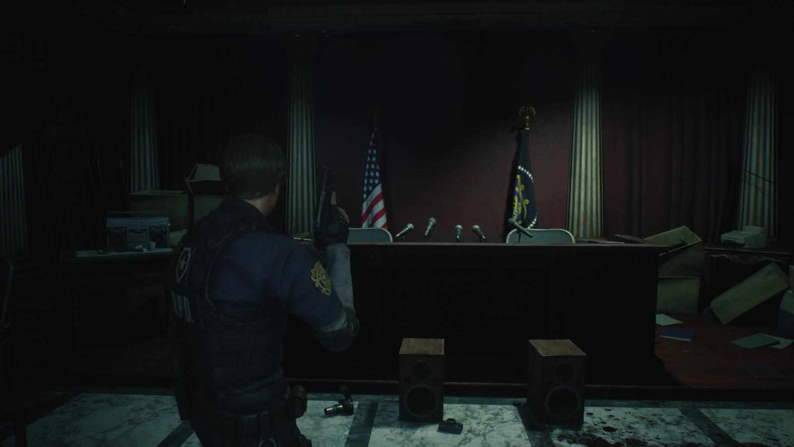 Resident Evil 2; gameplay: tlačovka