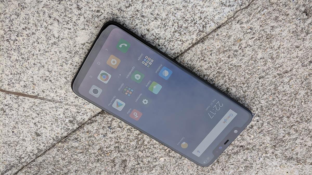 db6404cf9 ... displej Xiaomi Mi 8, recenzia, inteligentný telefón, displej