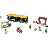 LEGO City Town 60154 Zastávka autobusu - Stavebnica