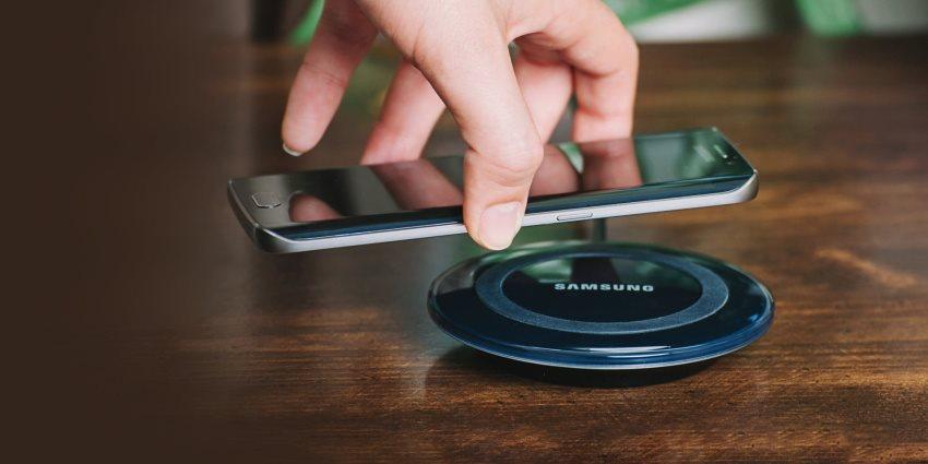 iPhone X; bezdrôtové nabíjanie