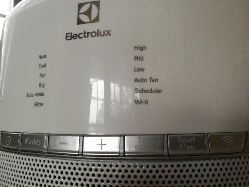 Ovládanie a displej mobilnej klimatizácie Electrolux WP71-265WT